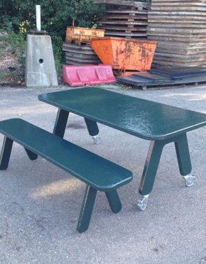 Picknick on Wheels design tafel + bankje groen