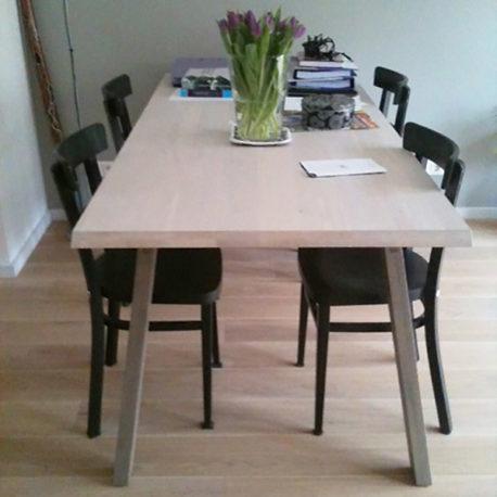 Catwalker design tafel massief eiken
