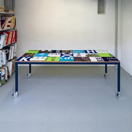 Bouwborden design tafel blauw groen, blauw frame