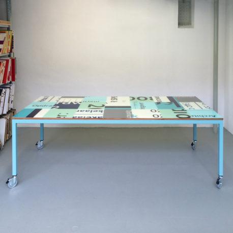 Design tafel op maat op kleur
