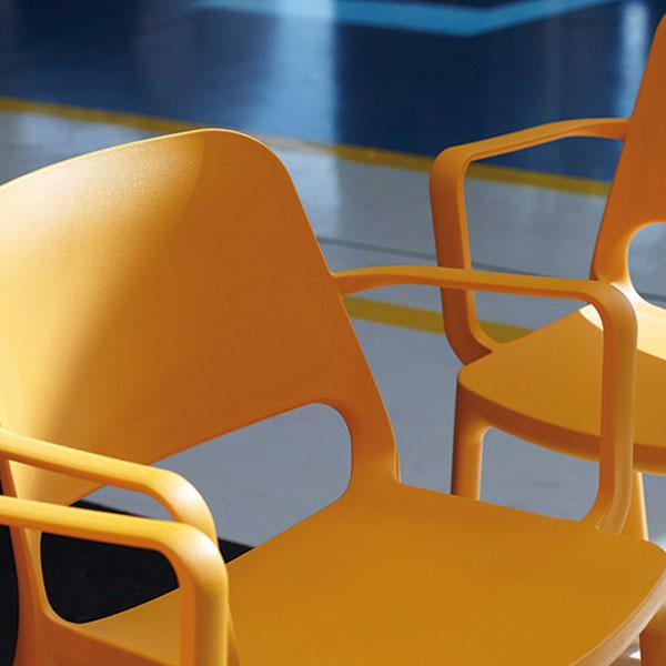 Kasper kunststof stoel oranje
